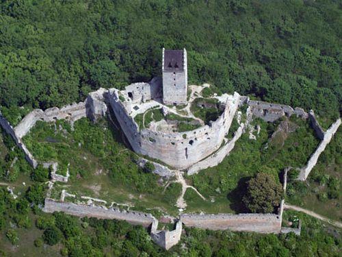 Topoľčiansky Hrad Piešťany